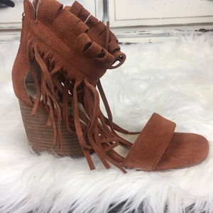 MATIKO RUST SUEDE FRINGED SANDAL SIZE 8